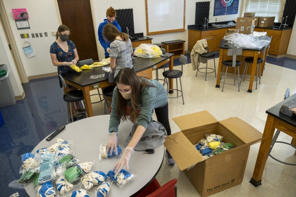 Students pack PPE for Curamericas Global