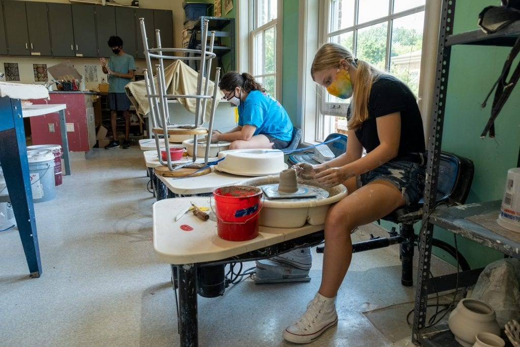 Upper School ceramics students