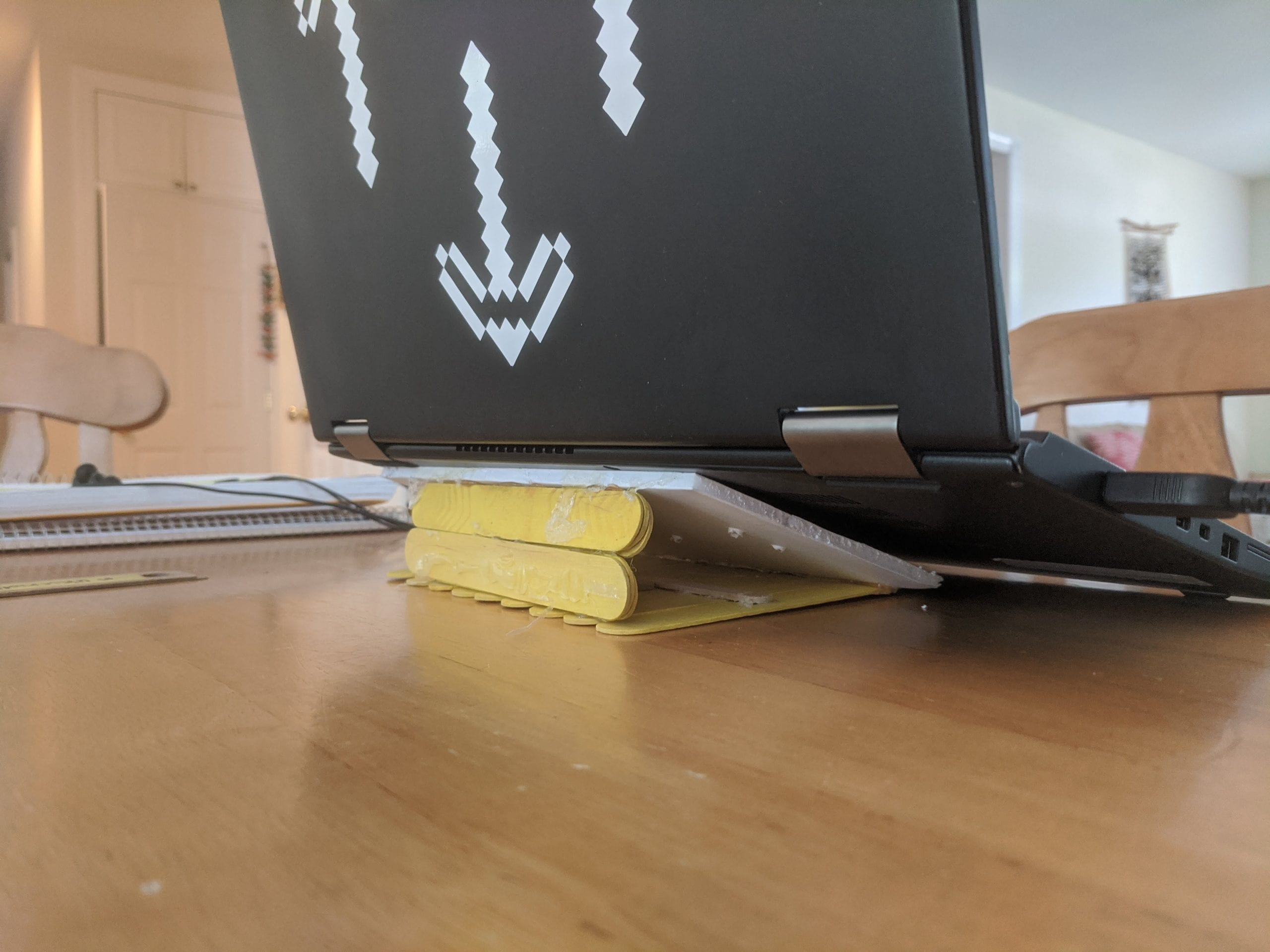 Earth Day - laptop stand